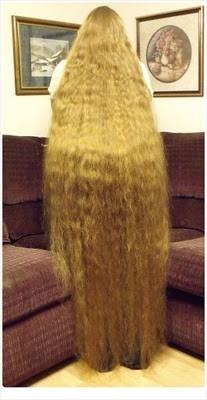 lunghi-capelli-biondi
